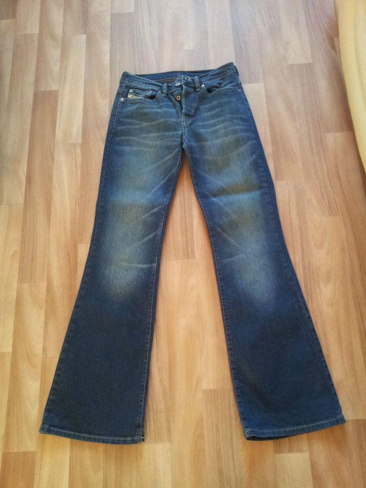 a3cbb9cd012 Diesel Daze Bootleg Jeans Size 8 31L Women s Ladies. | Womens ...