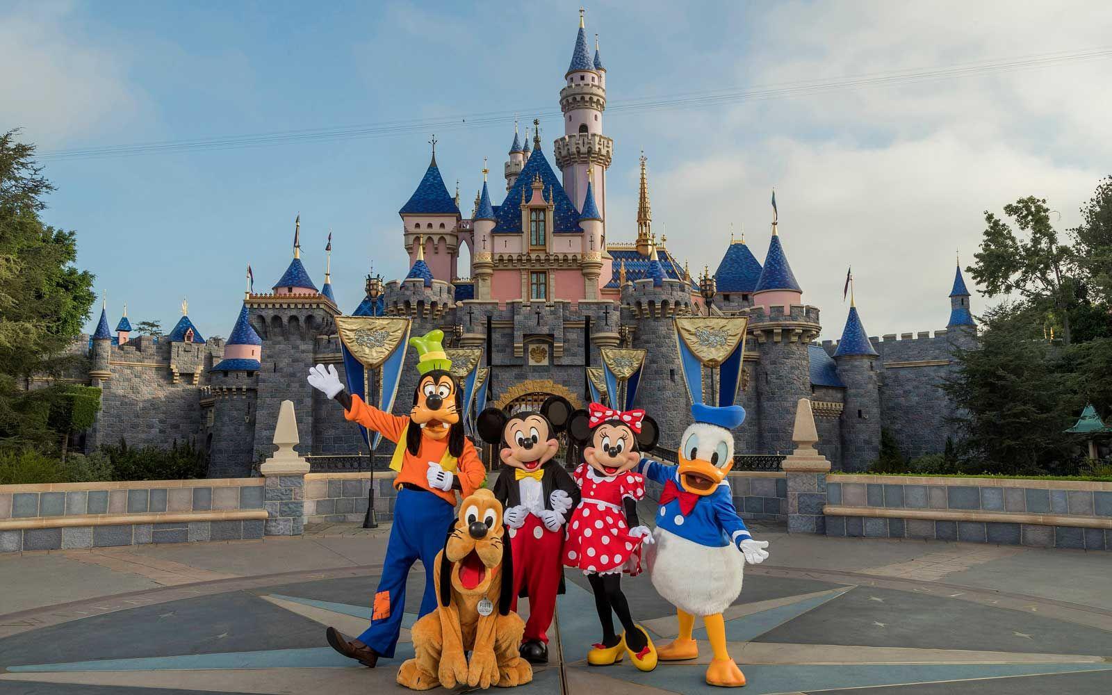 Photo of Disneyland gegen Disney World: Welcher Disney Park ist besser?