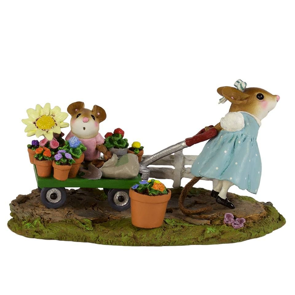 Mommyu0027s Garden Helper ~A Fun Day Helping Mommy In The Garden! Available In  Pink