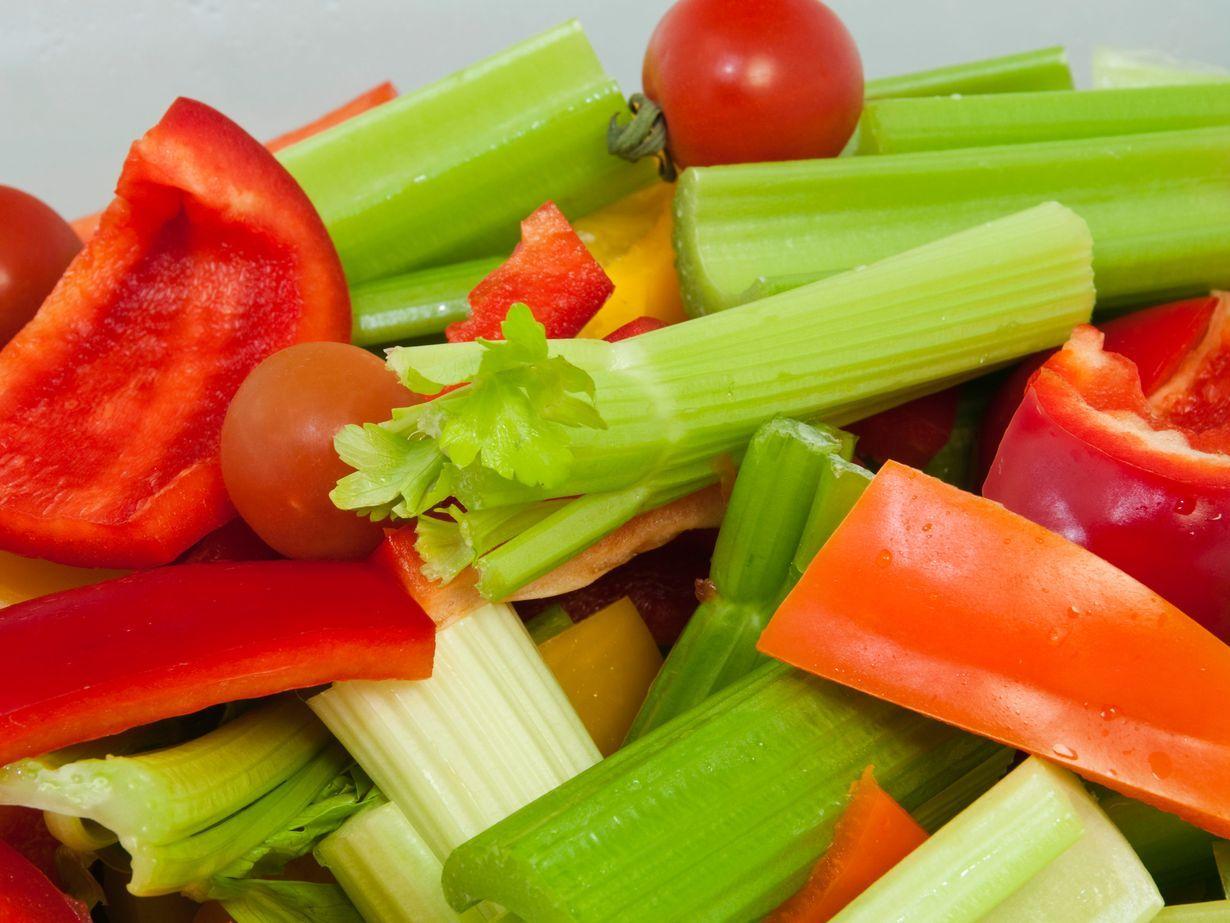 Tätä tärkeää vitamiinia ei kannata haalia apteekista – vaan jääkaapista http://www.etlehti.fi/artikkeli/terveys/tata_tarkeaa_vitamiinia_ei_kannata_haalia_apteekista_vaan_jaakaapista