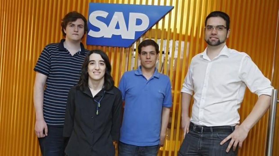 #Una empresa argentina contrata empleados con autismo - El Intransigente: El Intransigente Una empresa argentina contrata empleados con…