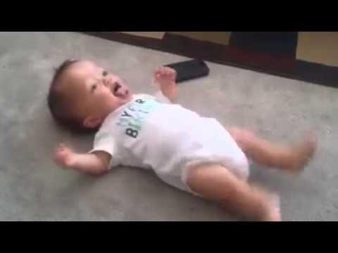 No creer s lo que hace este beb con tan s lo unos meses de edad videos te la creiste un - Que hace un bebe de 4 meses ...