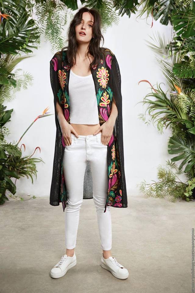 Moda verano 2017 María Cher. Moda 2017 kimonos. 57495874bfe
