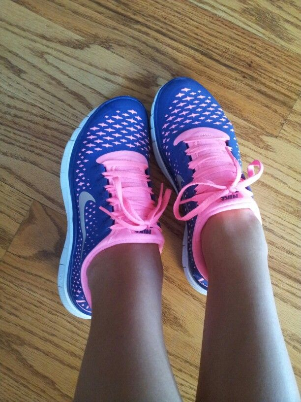 official photos e352b f95ab The most important after all is said and done. Nike shoes or sports shoes ( Nike). Nike Free 30 V4 Dark Blue Hot Pink Running ...