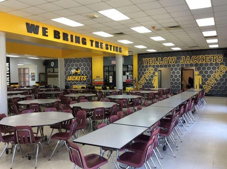 high school cafeteria design #Hallwayideas in 2020 ...
