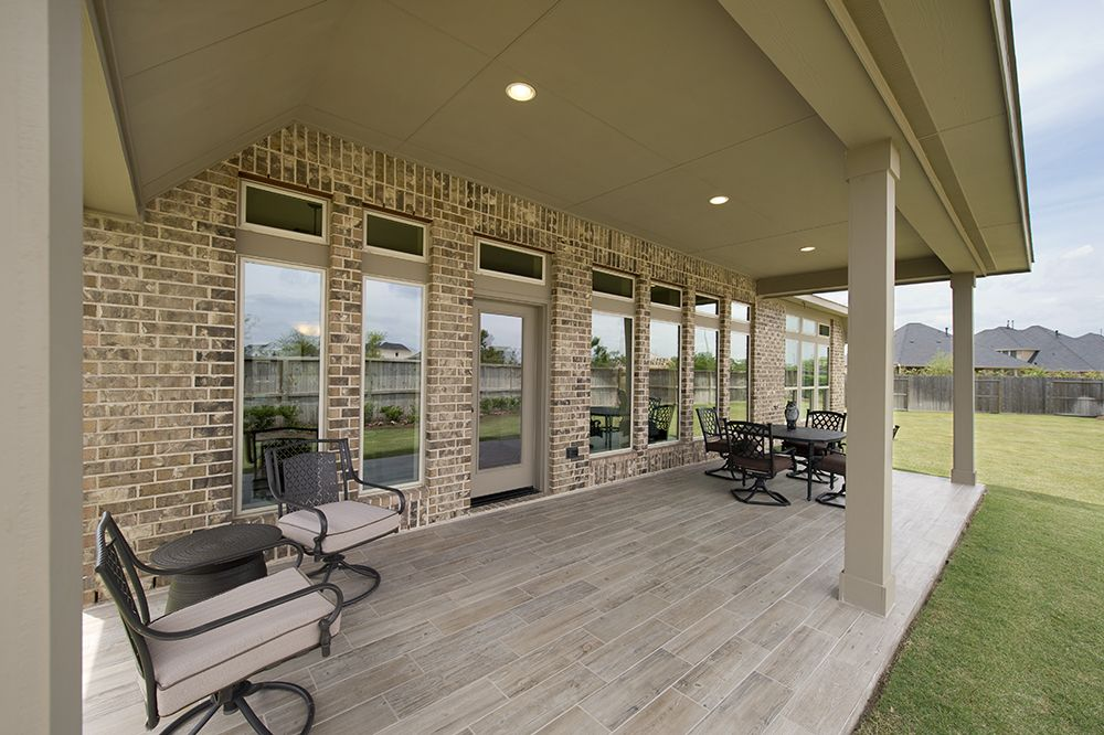 perry homes backyard retreat covered