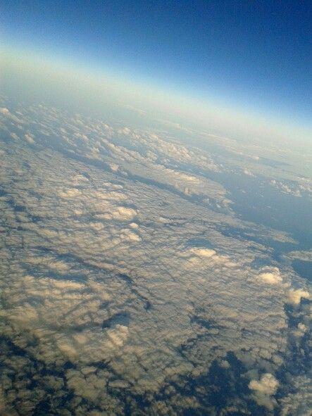 .sobre nubes.