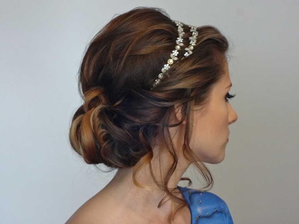Photo of Frisur für langes Haar mit schönem Stirnband :: one1lady.com :: #haar #hairs …