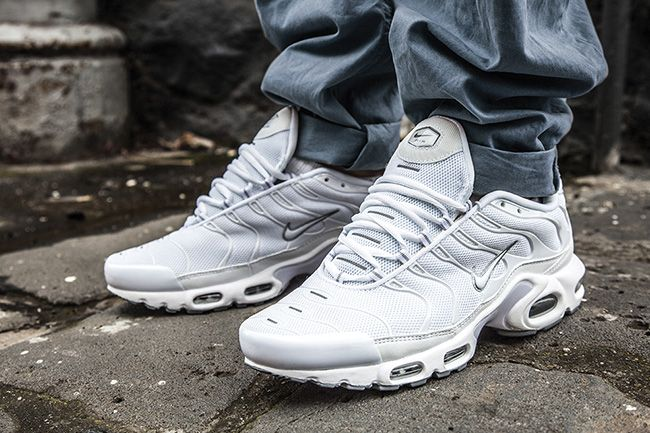 5b89826fb8 ... white Nike Air Max Plus (Tuned 1) ...