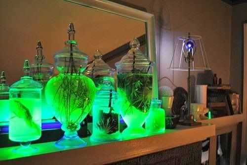Easy glow stick project, decoration for many occasions DIY - mad scientist halloween decorations