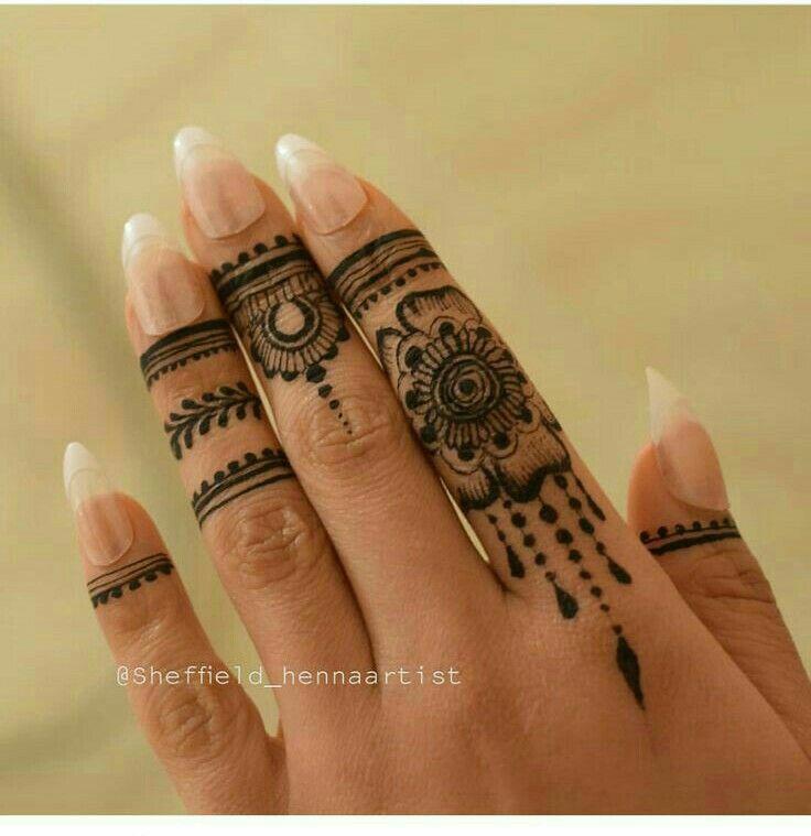 pin von ich auf henna tattoos pinterest henna tattoo. Black Bedroom Furniture Sets. Home Design Ideas
