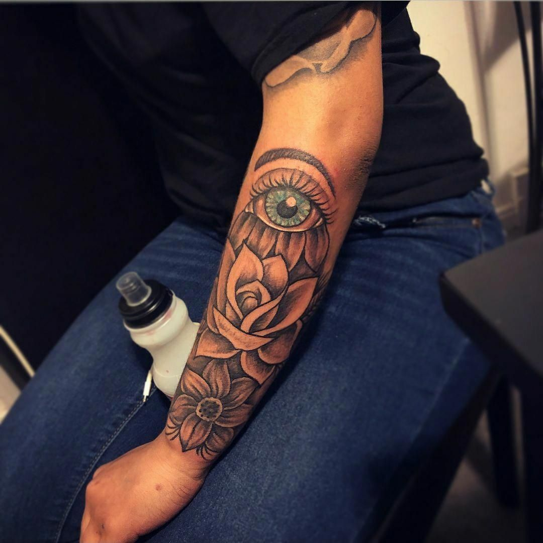 Tattoo Lower Half Sleeve Designs For Women