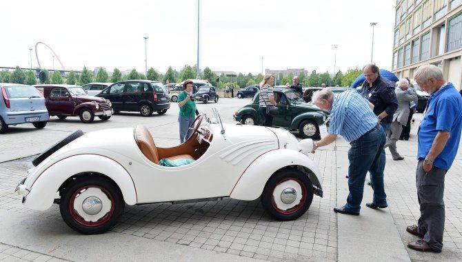 La Topolino compie 80 anni: cabrio o van, una mostra celebra l'icona italiana