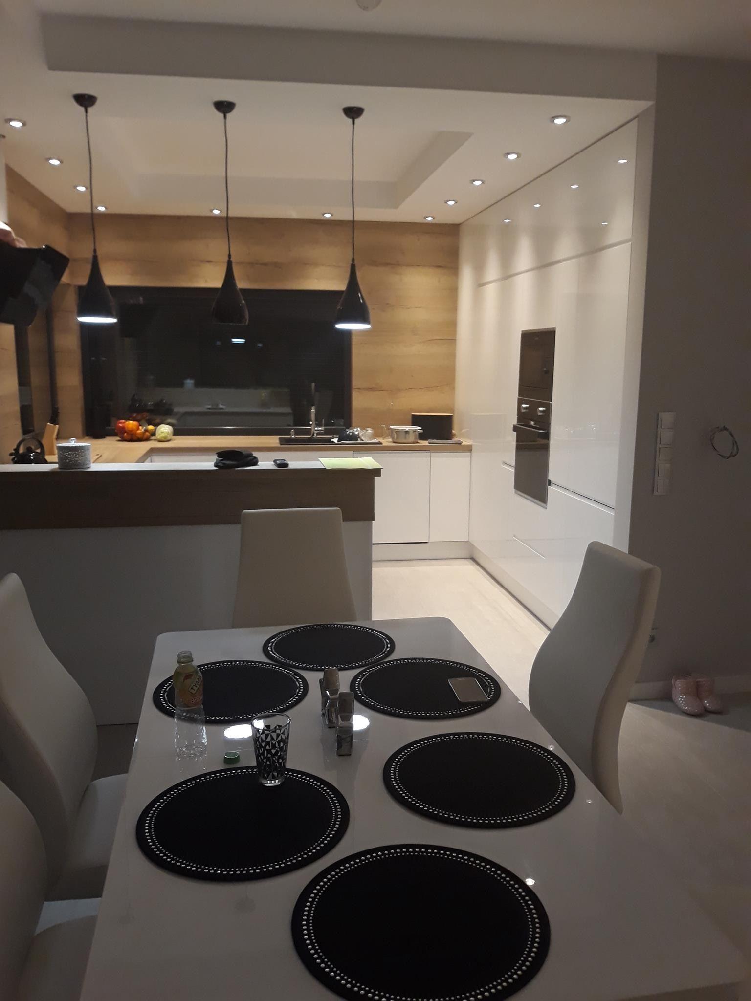 Pin By Janett John On Kuchnie Kitchen Inspiration Design Elegant Kitchen Design Kitchen Layout Plans