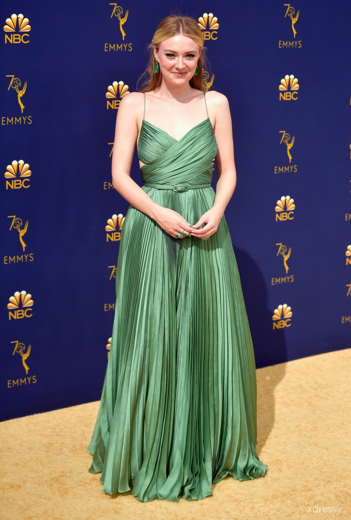 96c8c7ee84 Dakota Fanning Green Pleated Criss-crossed Open Back with Spaghetti Straps  A-line Dress Emmys 2018 Red Carpet