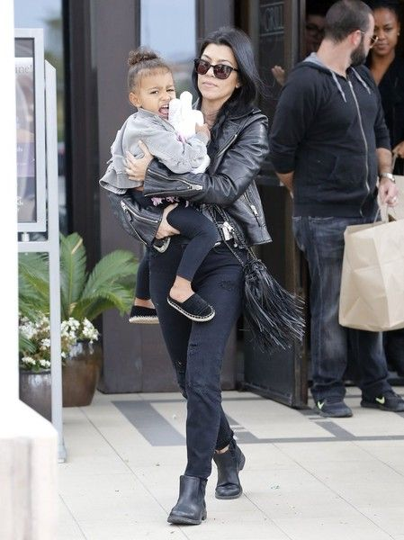 635d043b1d91 Kourtney Kardashian Enjoys Lunch With Her Kids and North West ...
