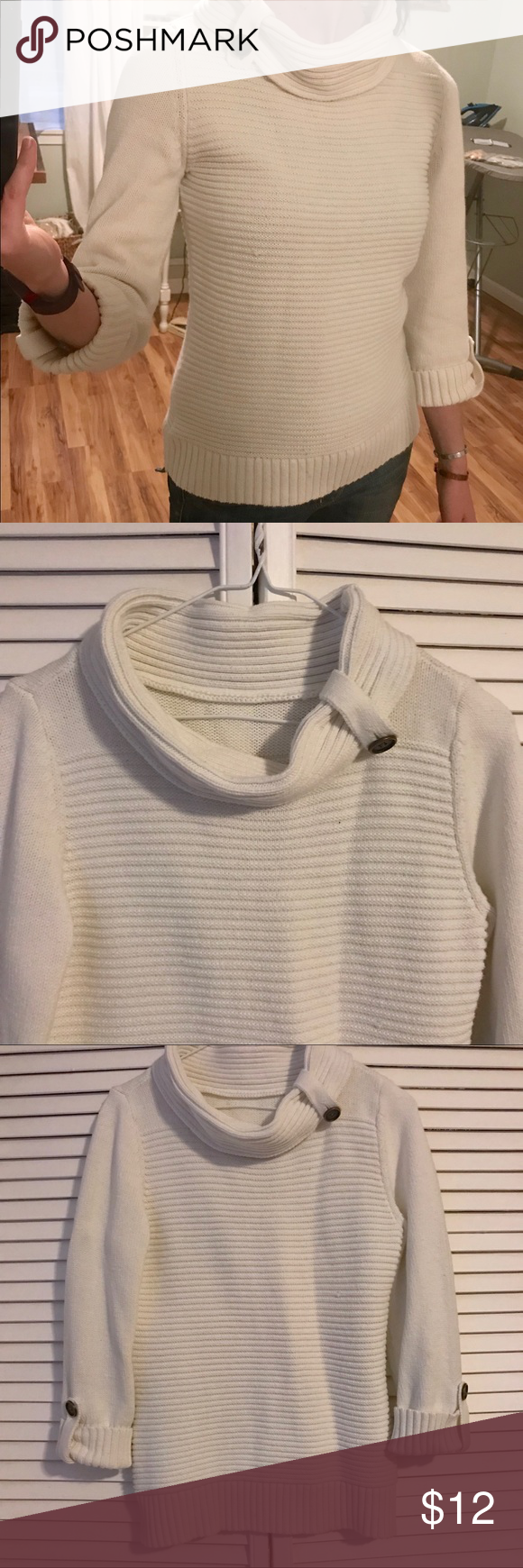 Cream cotton 3/4 sleeve turtleneck sweater