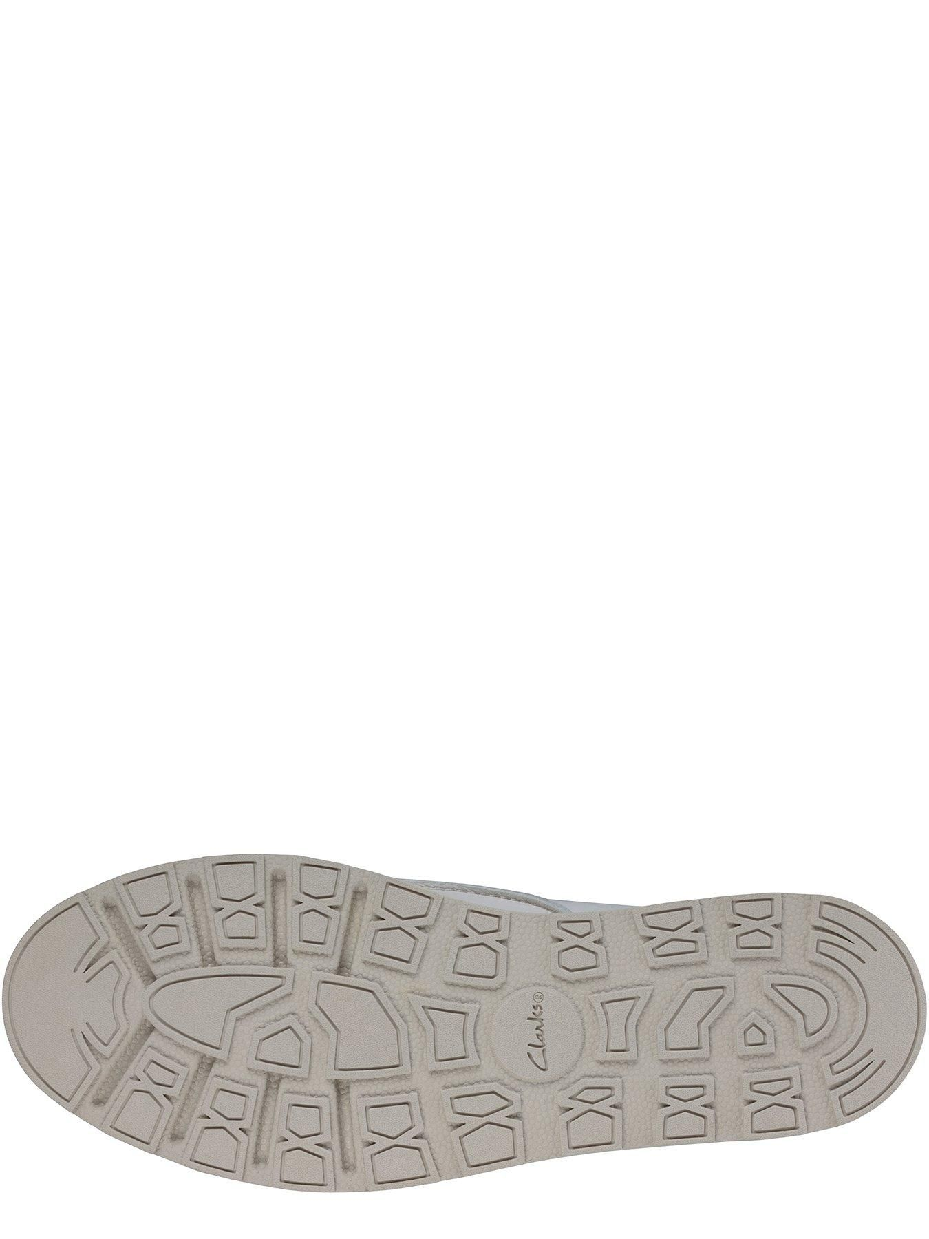 Clarks Trace Walk Leather Wedge
