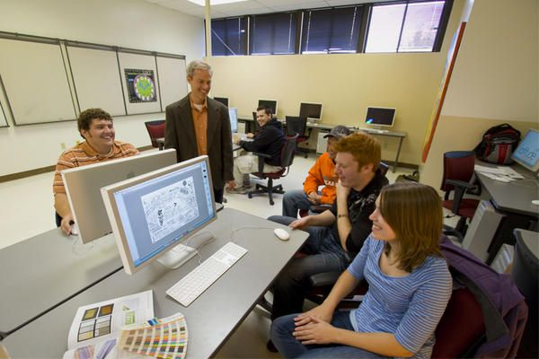 Graphic Design Computer Lab Ohio Northern University Via Twitter Liberal Arts Education College Art Wilson Art