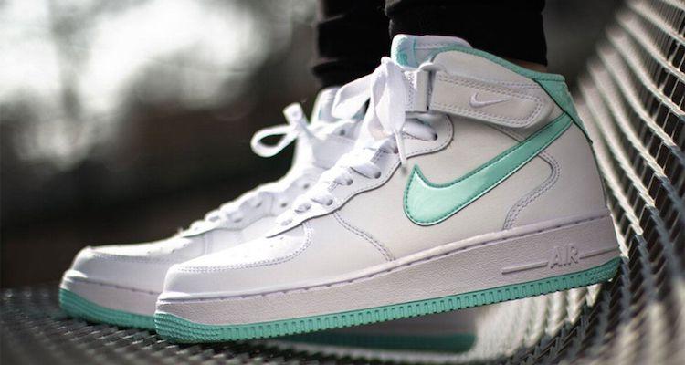 Nike Air Force 1 Faible Souche De Venin De Pourpre