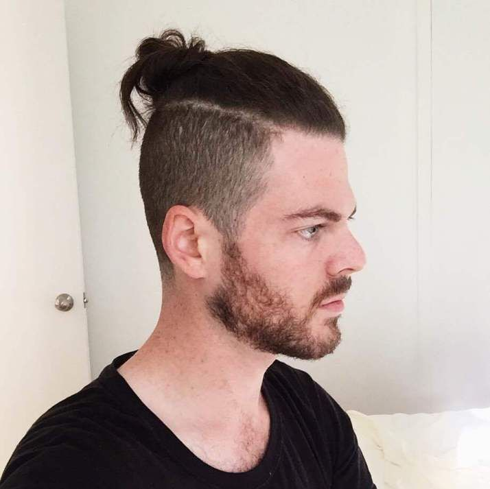 Man Bun Please Just Go Away Man Bun Hairstyles Mens Hairstyles Undercut Man Bun Haircut