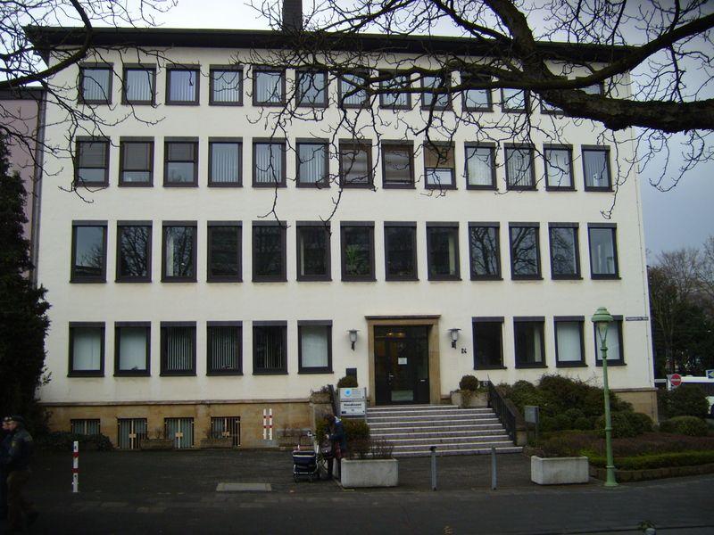 Standesamt Bonn Zwischen Hauptbahnhof Und Poppelsdorfer Allee Gelegen Standesamt Bonn Bonn Standesamt