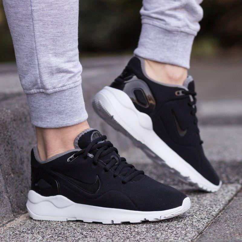 Chaussures et baskets femme de marque pas cher - Pik and Clik. Les  nouvelles Nike Stargazer optent pour des lignes sportswear ...