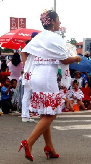 Vestidos para fiestas patrias en panama