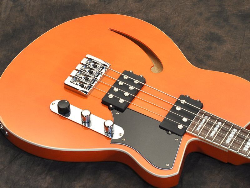 Reverend - Dub King Short Scale Bass in Rock Orange, Semi