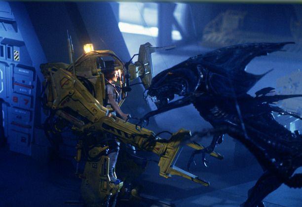 e9ed08e4ef3 Aliens 30th anniversary  Oral history of Power Loader Ripley vs. The Alien  Queen