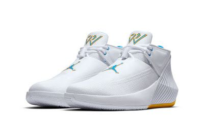 100% authentic 5f428 7c2ab ... Russell Westbrook s first perf. EffortlesslyFly.com - Online Footwear  Platform for the Culture  Jordan Why Not Zer0.1 Low