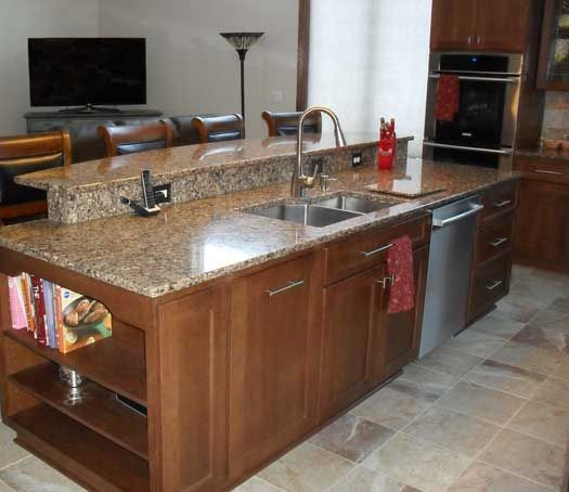 StarMark Cabinetry   Farmington Door Quarter Oak Fin In Cappuccino. Good  Granite, Back Splash