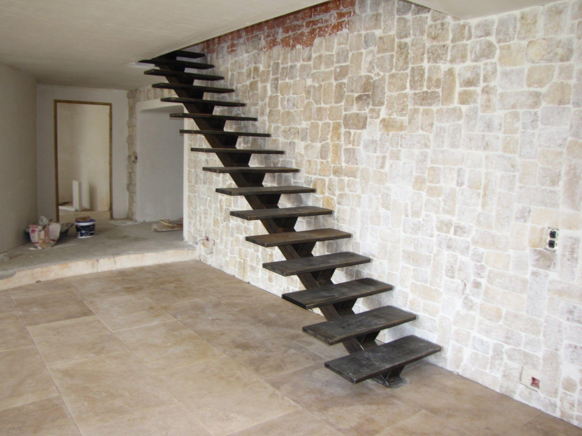 plan escalier droit limon central recherche google. Black Bedroom Furniture Sets. Home Design Ideas