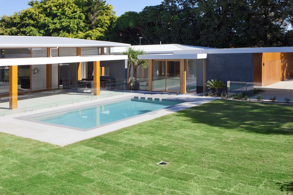 101 swimming pool designs and types photos outside for Pool design 101