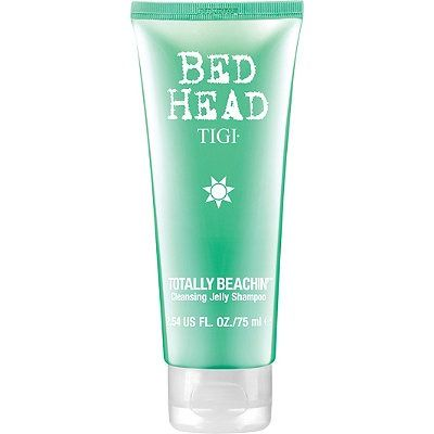 TIGI Bed Head Totally Beachin' Cleansing Jelly Shampoo is a cleansing jelly shampoo with aloe vera, UV complex and vitamin E, that's colour safe. Get rid of sweat, sea and sand to reveal those sun-kissed strands in all their soft and shiny glory.