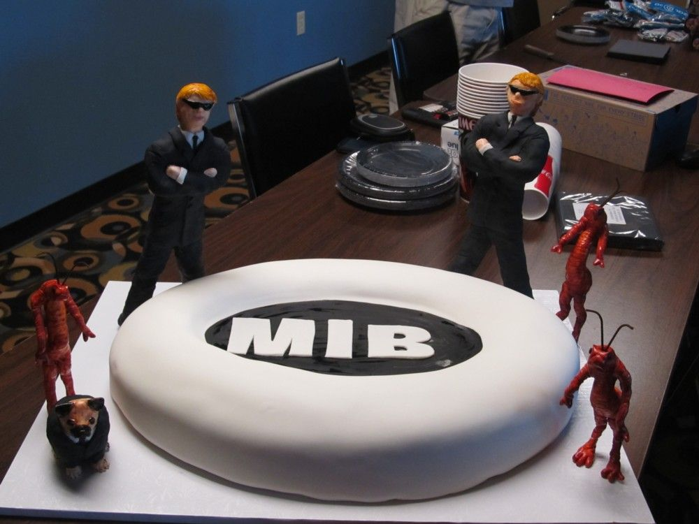 21 Figure Birthday Cakes: MIB Cake For My Boys' 9th Birthday. Figures Are Made Of