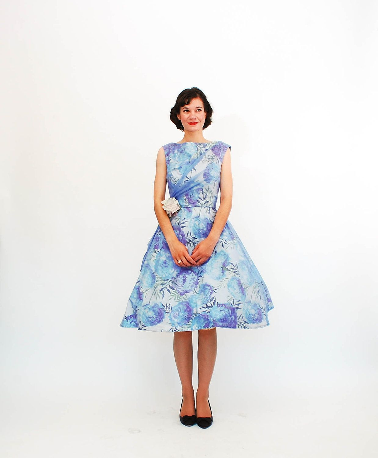 For The Party Girl Vintage 1960s Party Dress 60s Garden Party Dress Blue Hydrangea Floral Print Garden Party Dress Party Dress Blue Party Dress [ 1500 x 1238 Pixel ]