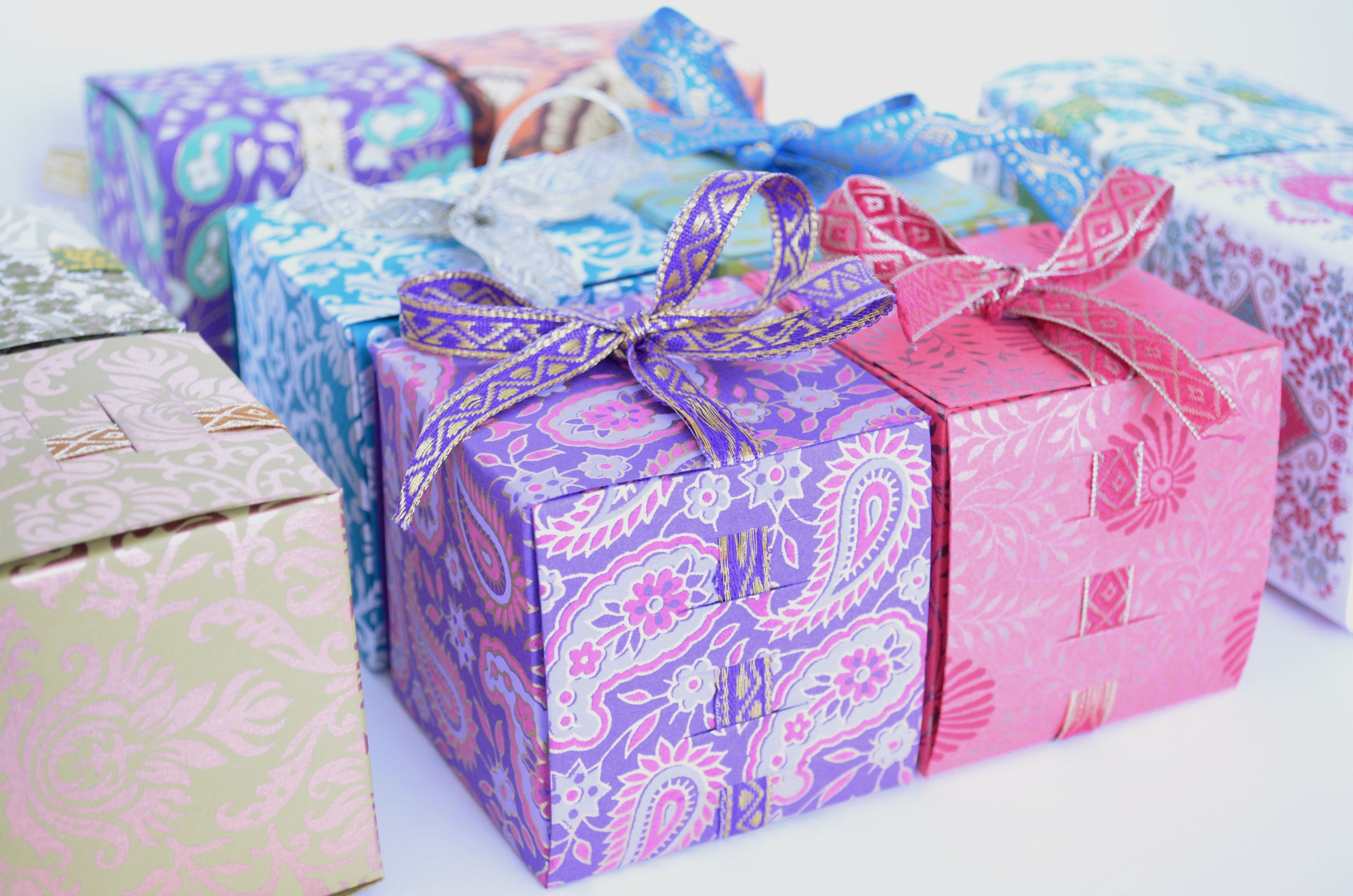 Ribbon Favor Boxes Perfect For Indian Wedding Favors To Fill With