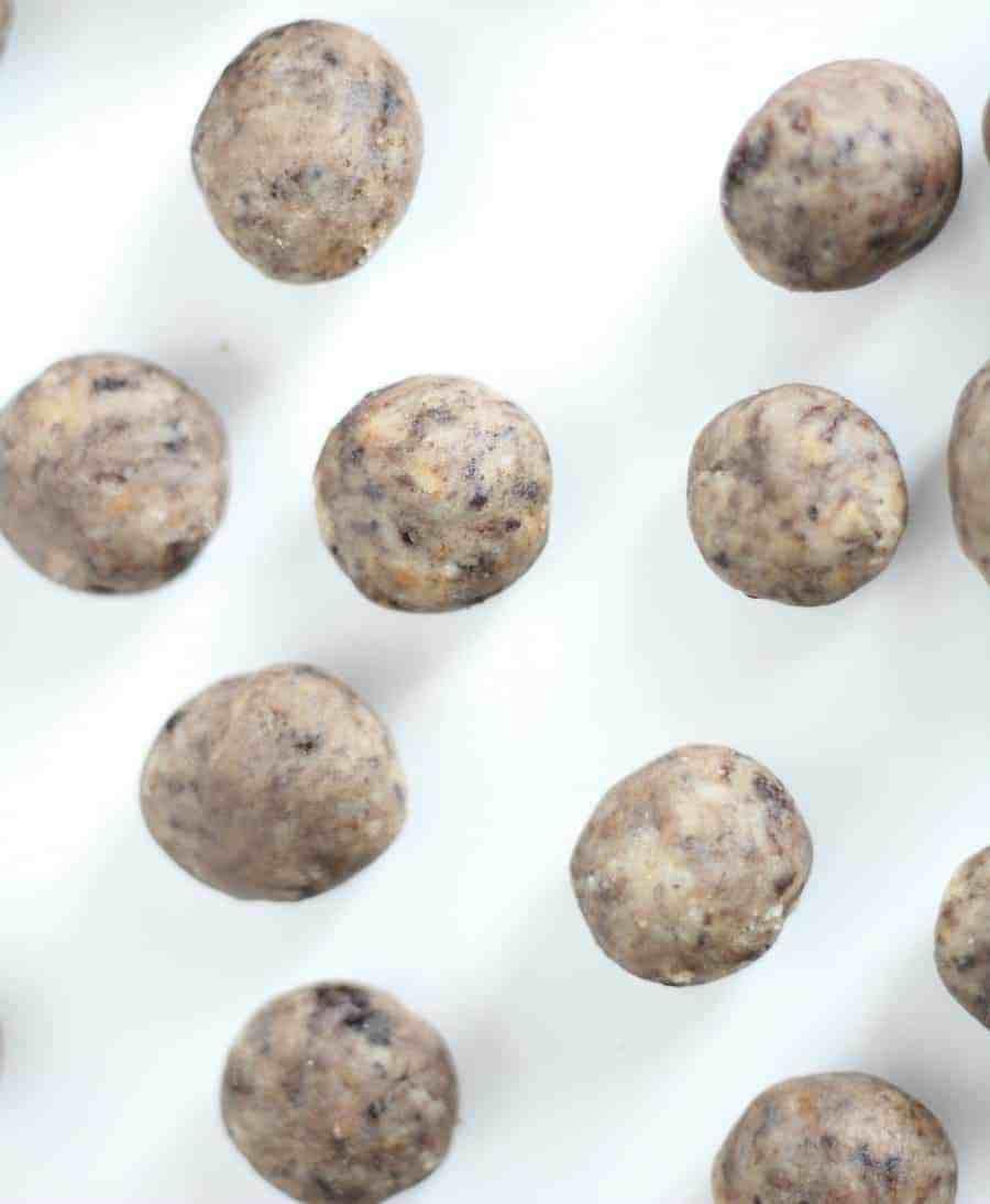 Cookies & Cream Cake Pops #cookiesandcreamcake