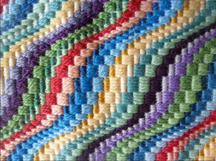 Resultado De Imagem Para Bargello Embroidery Patterns Moraes
