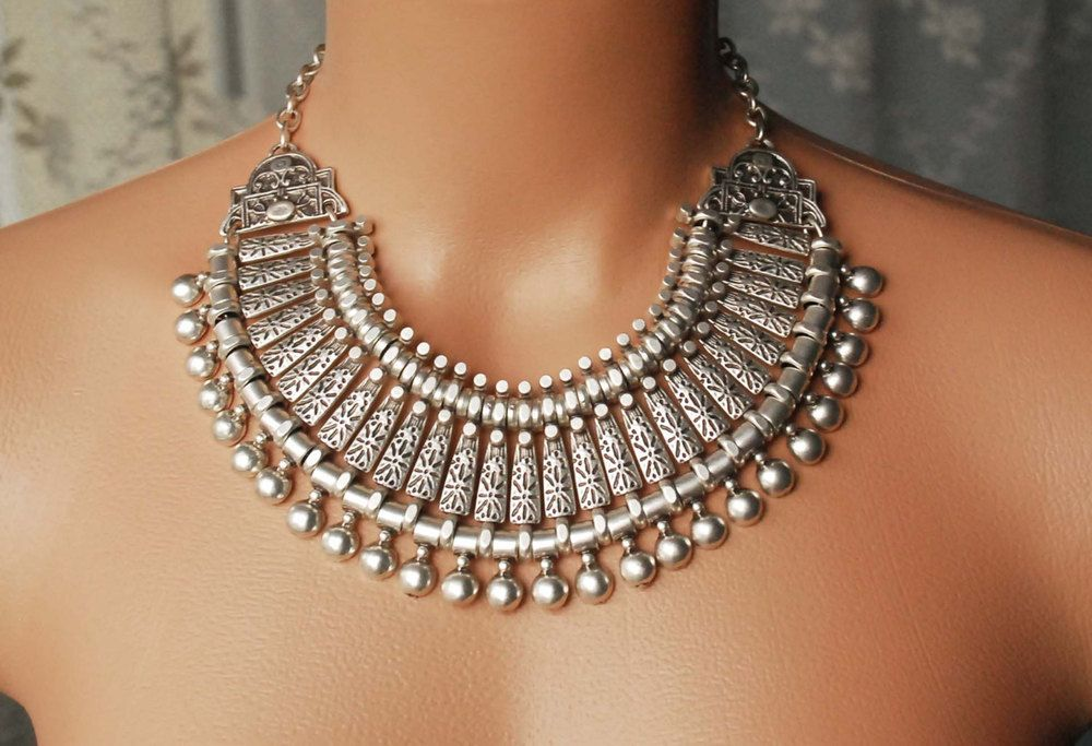 N104 Silver plated metal necklace, authentic necklace / Gobish