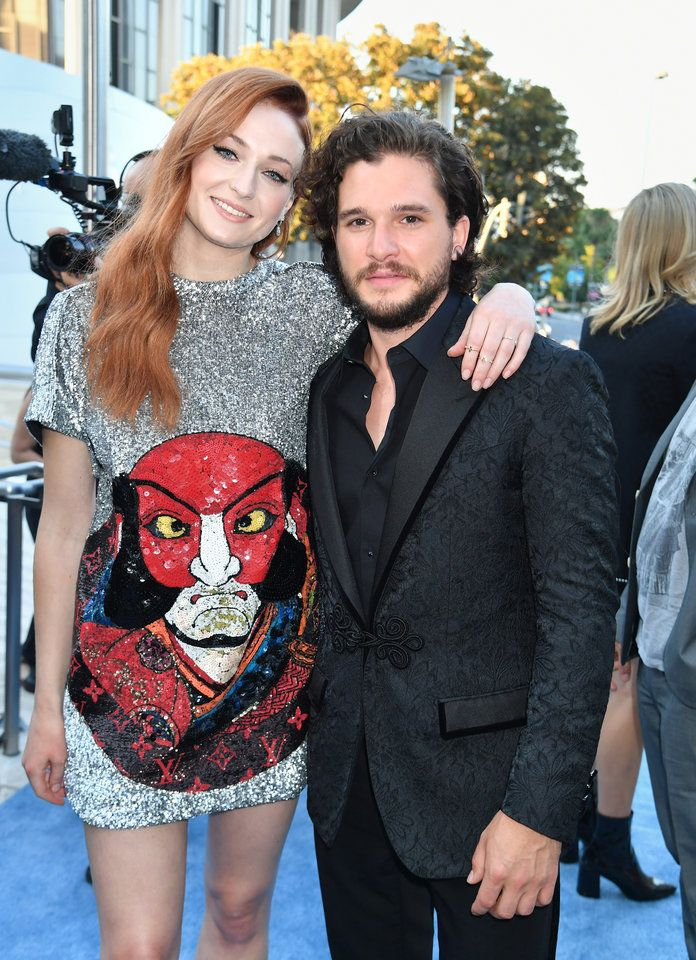 The Game Of Thrones Cast Brought The Heat To The Icy Blue Carpet At