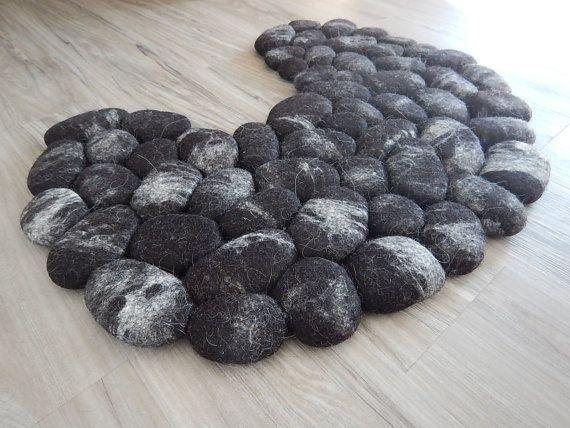 Felt bath / bidet / WC mat super soft Lama black by flussdesign