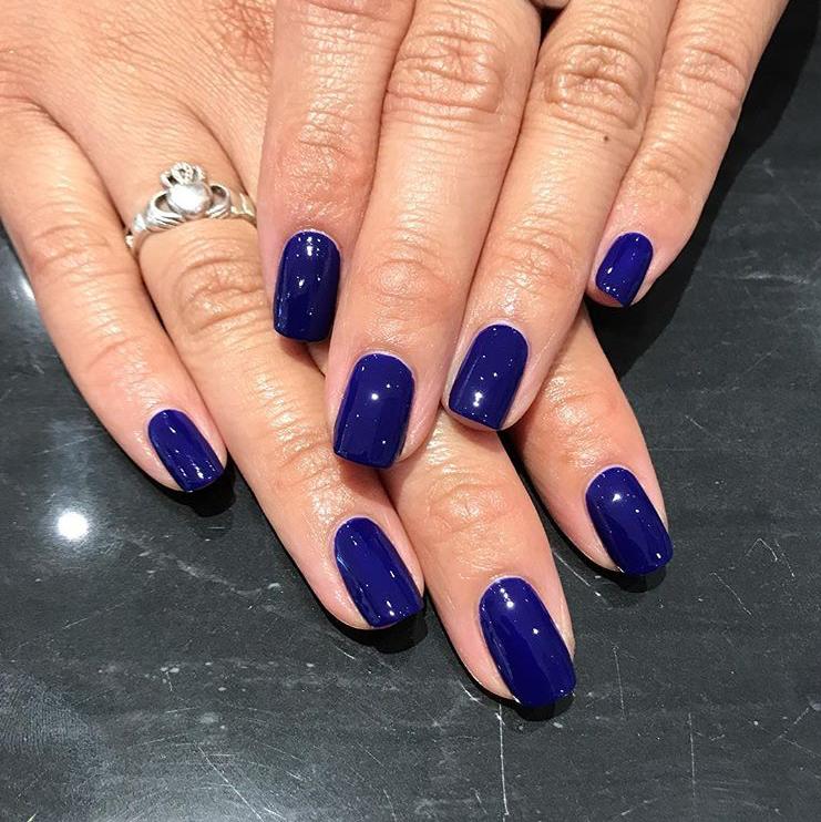 Dark blue cobalt nails: the perfect party nail polish. Nail Tech ...