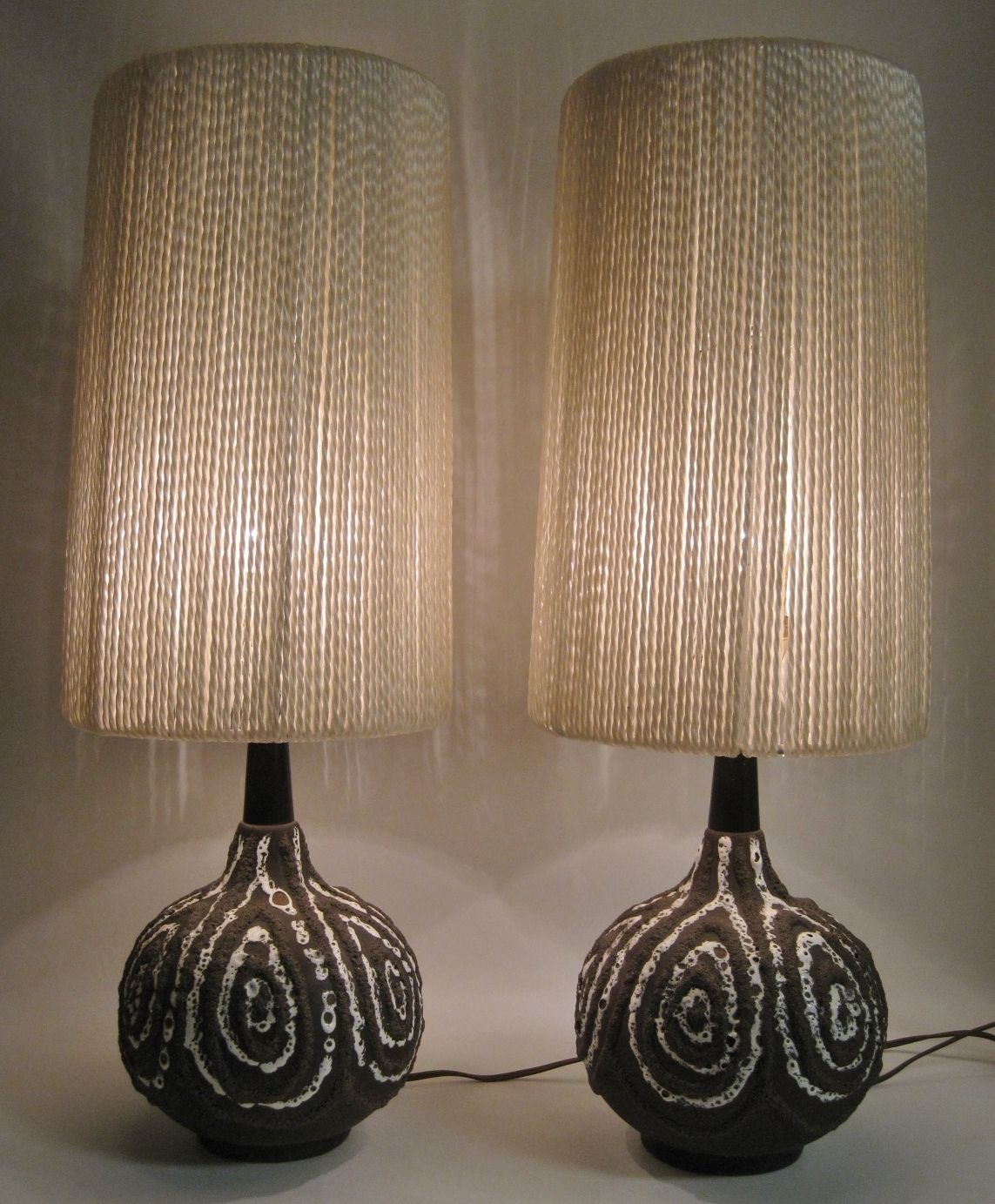 Pair Of Mid Century Modern Art Pottery Lamps Pottery Lamp Mid Century Lamp Mid Century Modern Art