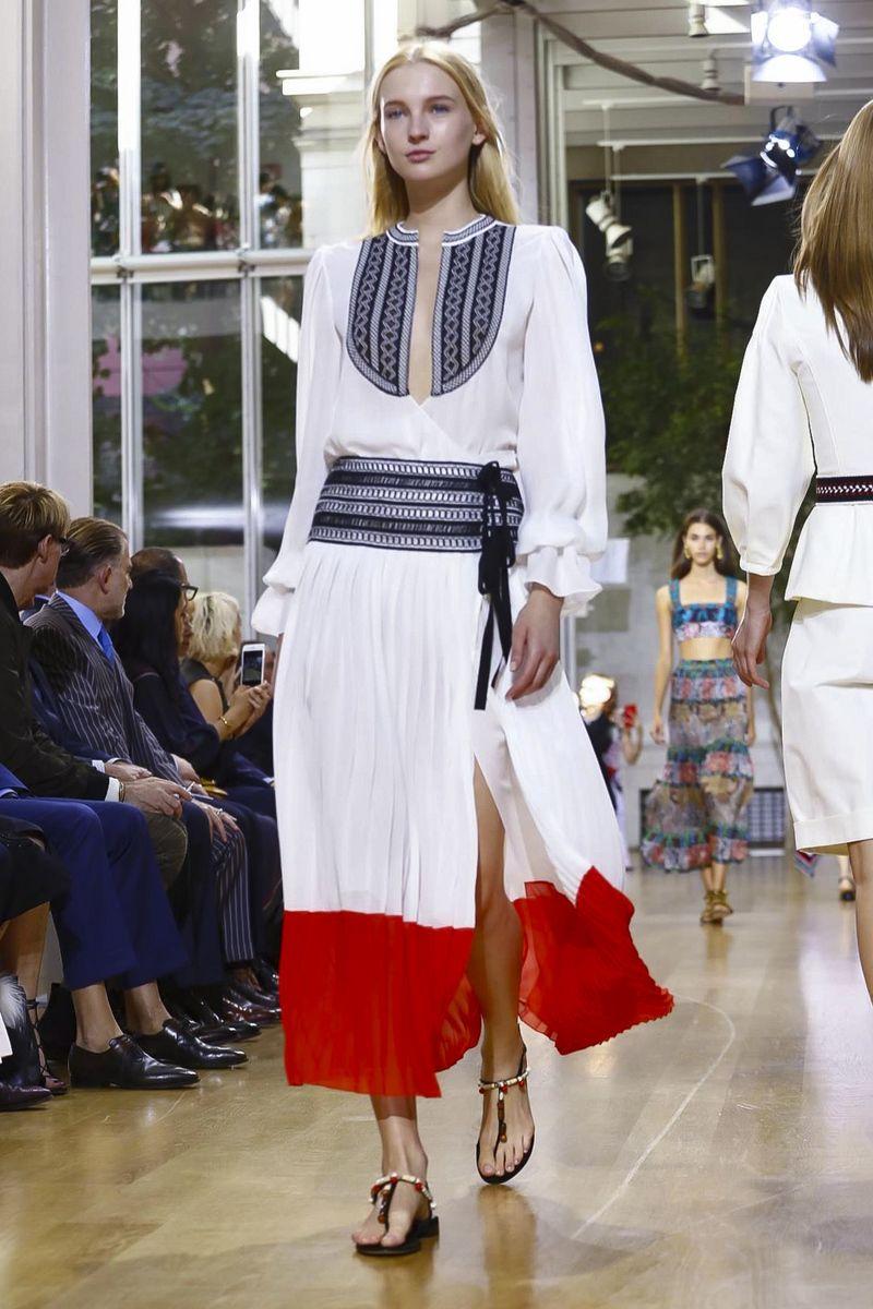 Oscar de La Renta Fashion Show Ready to Wear Collection Spring Summer 2017 in New York