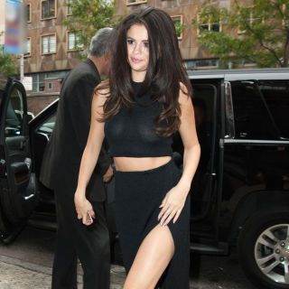 With girl-next-door looks and a undeniable sweet demeanor, Selena Gomez's style is now elvolving into something we can all anvy. See our favorite looks here: