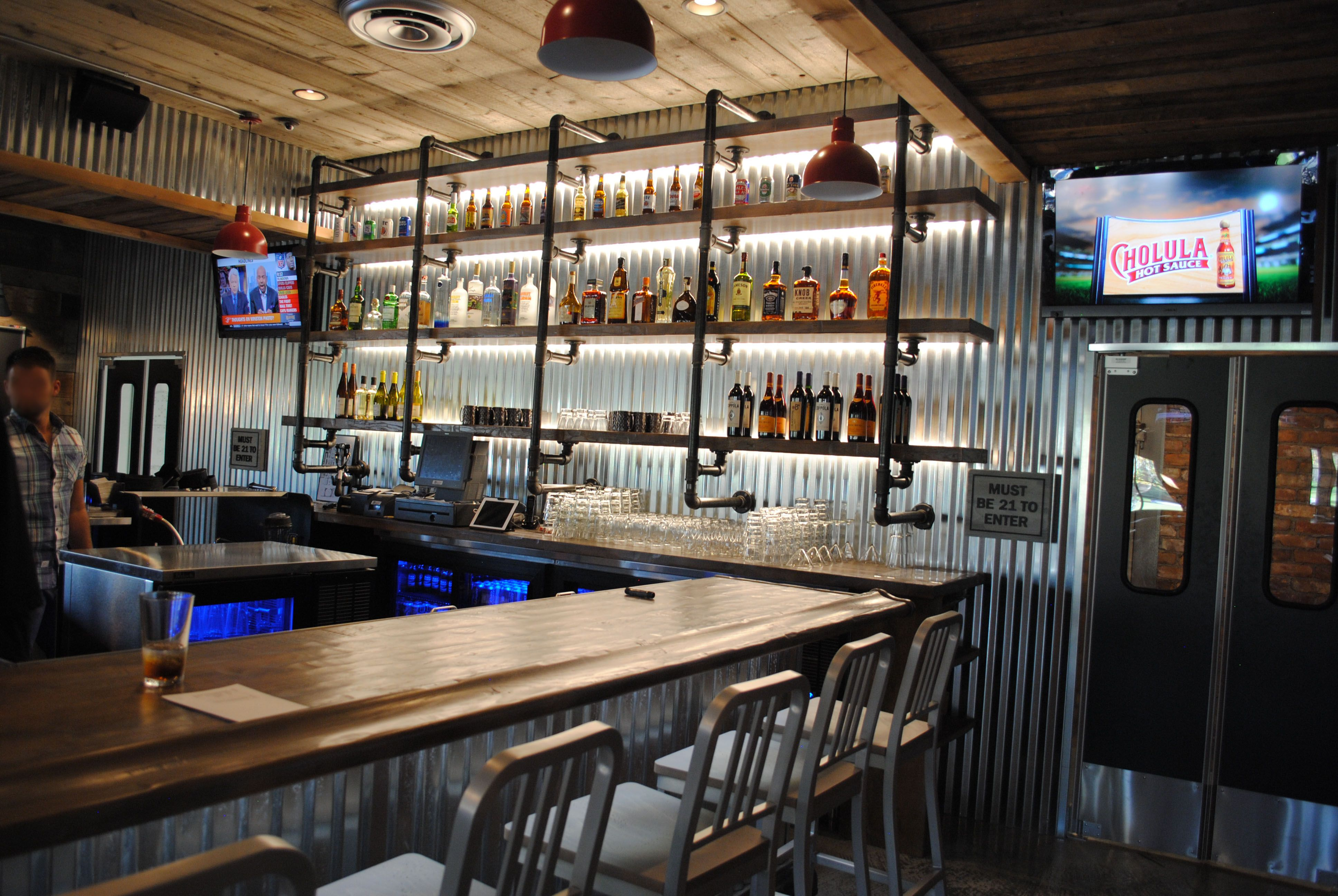 SP19 restaurant and bar at Sandy Pines golf club in DeMotte, Indiana ...