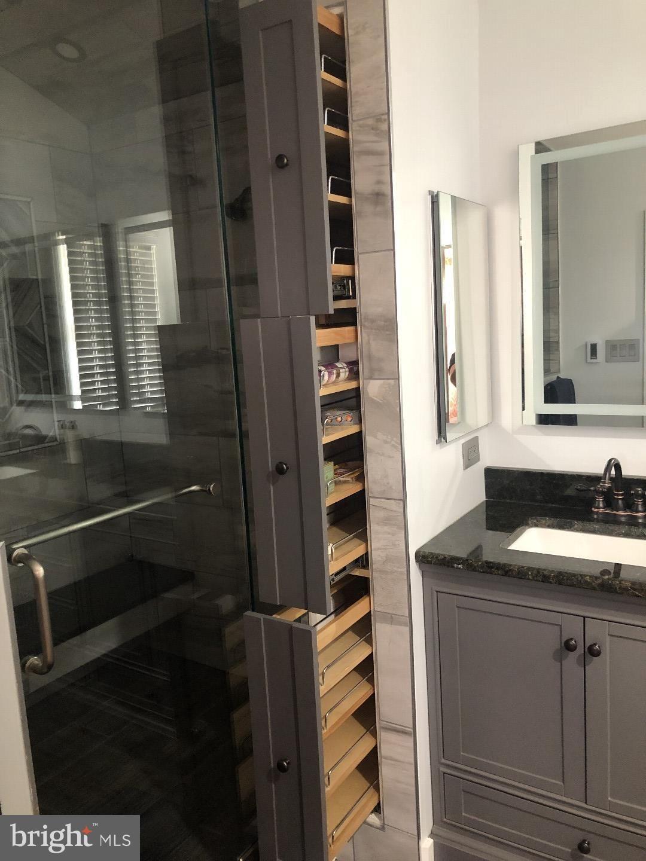 26 Corner Bathroom Vanity Cabinets By Aeons Corner Bathroom Vanity Bathroom Vanity Cabinets Bathroom Vanity