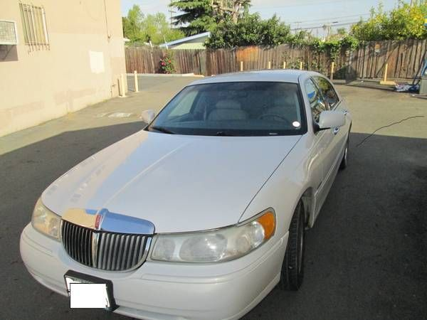 Used 1998 Lincoln Town Car For Sale 5 500 At Hayward Ca 94544